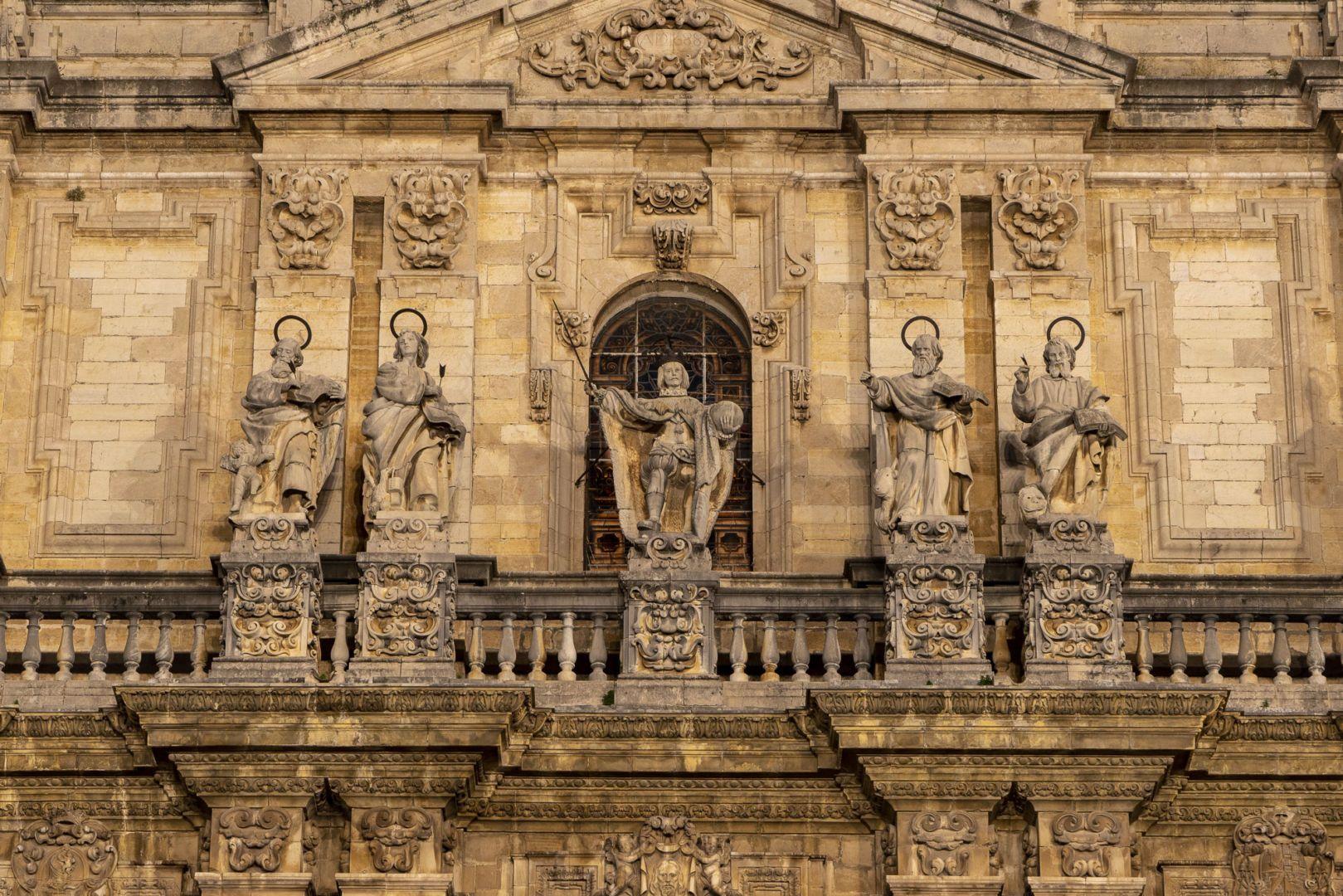 Exterior-CatedralJaen-2